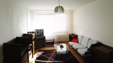 Byt 2+kk v panelovém domě na Praze 10