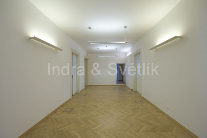 Pronájem, kanceláře 32,2 m2, 42,2 m2 a 57,3 m2, Václavské náměstí, Praha 1