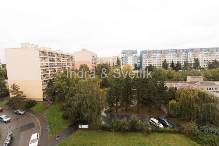 Pronájem, byt 1+kk, 28,7 m2, Tesaříkova ul., Praha 10 - Hostivař