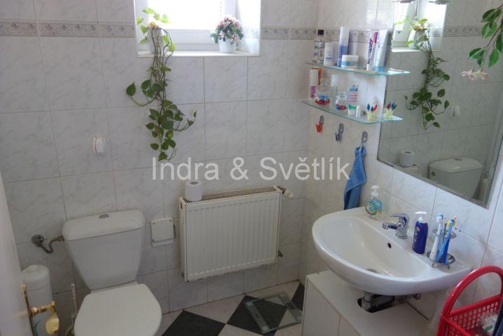 Rodinný dům, 4+1, 220 m2, Větrovcova ul., Praha 4 - Modřany