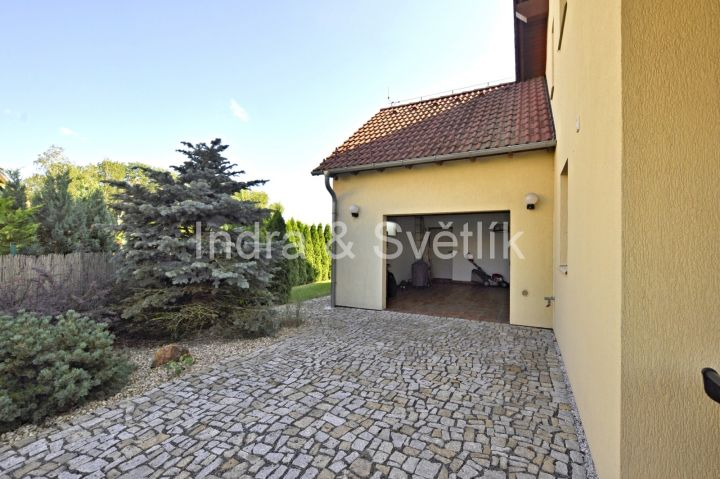 Prodej, rodinný dům, 5+kk, 147 m2, ul. K Vrbičkám, Zlatníky - Hodkovice
