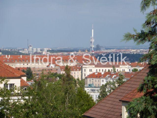 Prodej, řadový rodinný dům 4+kk, 122 m2, ul. U Andělky, Praha 6 - Střešovice