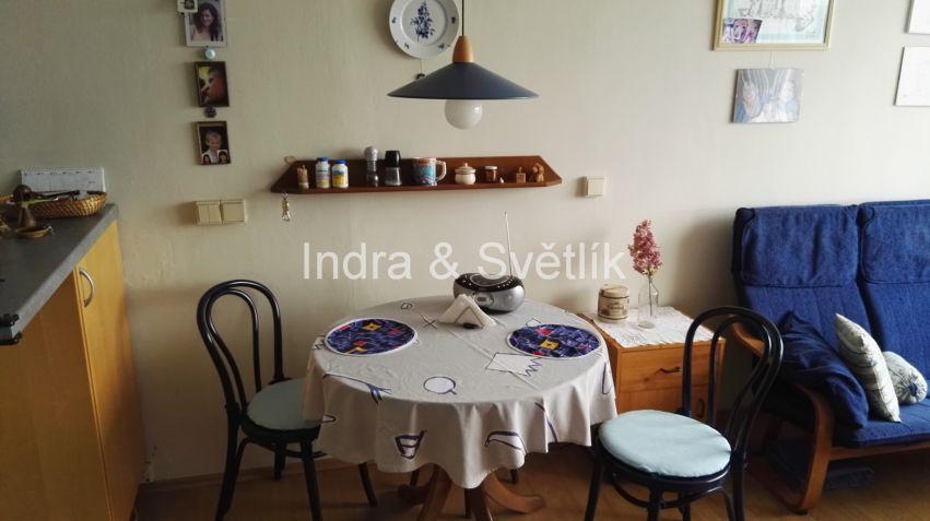 Prodej, byt 2+kk, 43,1 m2, ul. Na Chobotě, Praha 6 - Řepy