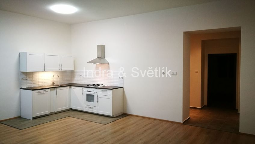 Pronájem, byt 3+kk, 86 m2, Strojnická ul., Praha 7 - Holešovice