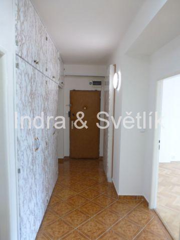 Pronájem, byt 3+1, 78 m2, 8 m2 sklep, ul. Věkova, Praha 4 - Braník