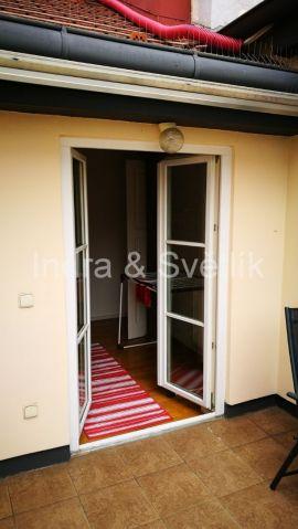 Pronájem, luxusní byt s terasou 4+kk, 119 m2, Plaská ul., Praha 5 - Malá Strana