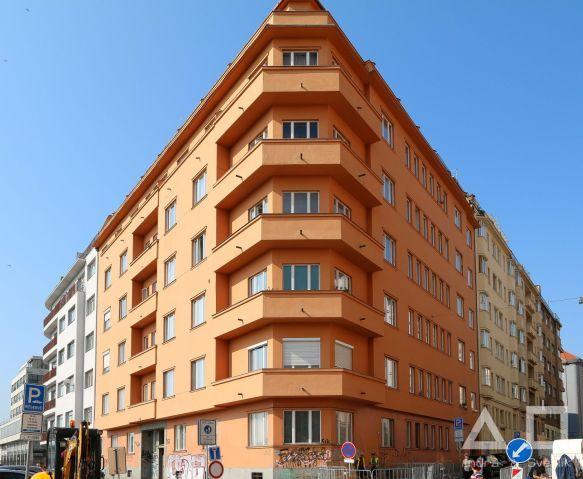 Prodej bytu 3+kk, 94 m2, balkón 4 m2, ul. Bubenská, Praha 7 - Holešovice