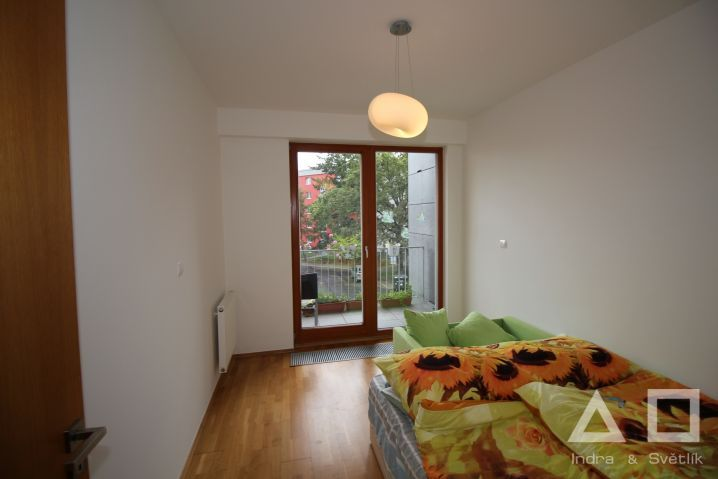 Pronájem, byt 3+kk, 74 m2 + 5 m2 lodžie, Brunclíkova ul., Praha 6 - Břevnov