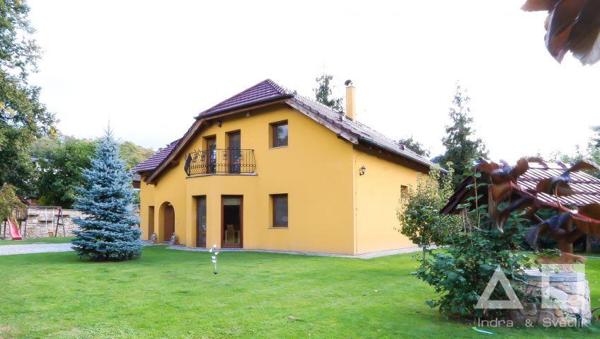 Prodej, rodinný dům 245 m2, Zahradní ul., Husinec - Řež, Praha-východ