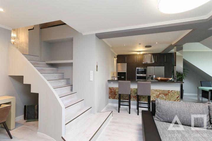 Prodej bytu 4+kk, 160 m2, terasa 22 m2, ul. Na Rokytce, Praha 8